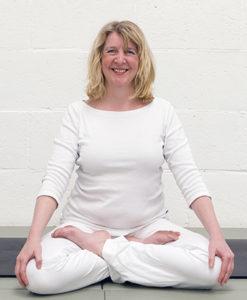 Annemiek Latour - Yoga Charya